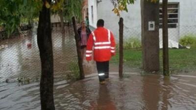 Decenas de evacuados y rutas cortadas por las últimas lluvias en la Provincia de Santa Fe