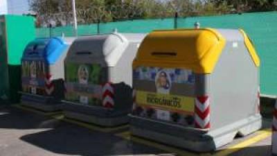 San Juan: irán casa por casa para enseñar a tirar la basura