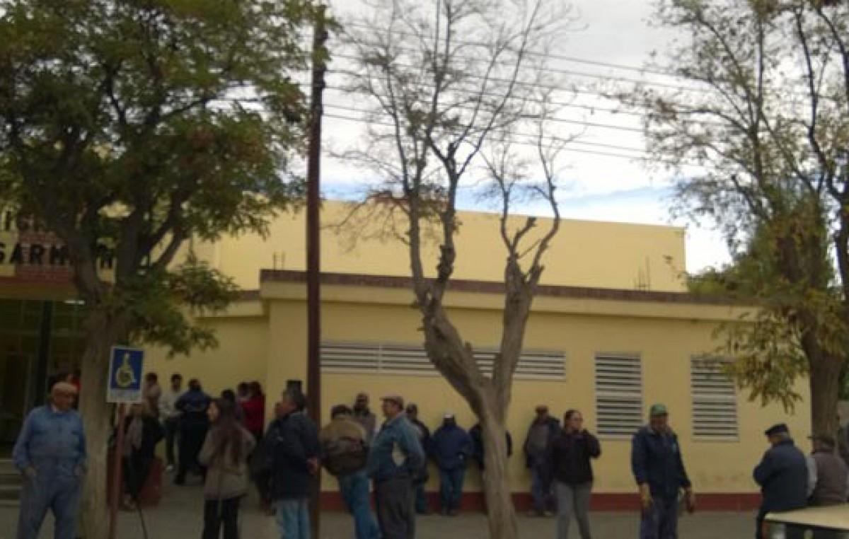 Los municipales de Sarmiento podrían profundizar mañana su plan de lucha