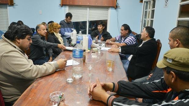 Los concejales se reunieron el lunes por la noche con delegados y voceros del SOEMCO.