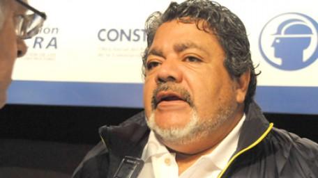 """""""Nos preocupa la cantidad de drogas que se consume en las obras"""" dice Gerardo Martínez"""