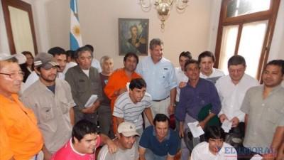 Un grupo de empleados pasó a planta permanente y otro fue recategorizado en el Municipio de Mercedes