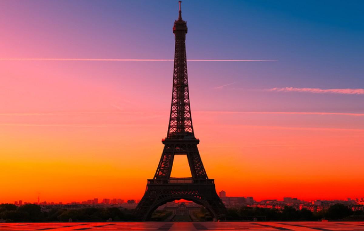 Francia congela sueldos y pensiones para ahorrar 50.000 millones de euros
