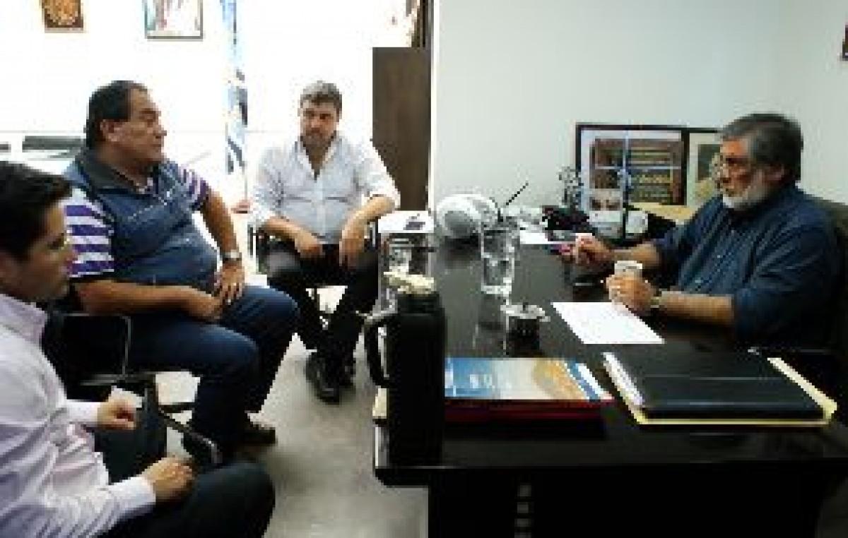 Caleta Olivia le ratificó ofrecimiento del 30% a los trabajadores de su municipio