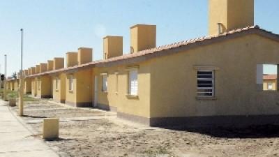 El Gobierno Entrerriano firmo convenios para mejoras habitacionales en ocho municipios
