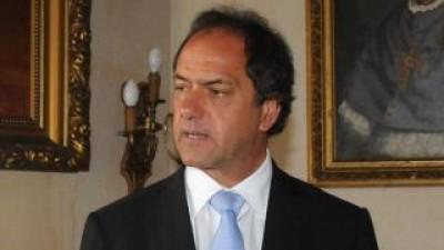 Scioli recibirá a intendentes radicales
