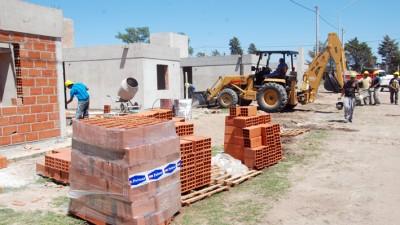 Río Cuarto: Tras reactivar las casas, inician ahora obras de infraestructura