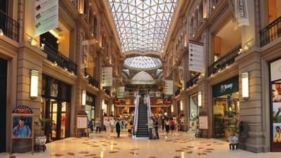 Las ventas en súper treparon 43% y en shopping 41%