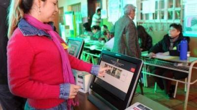 Proponen voto electrónico para la elección municipal de junio de 2015 en Carlos Paz