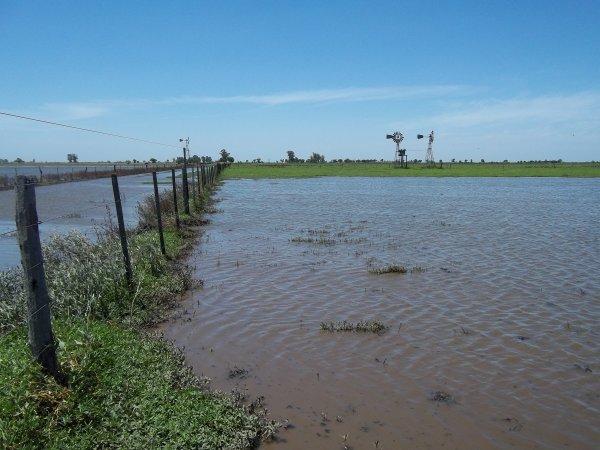27327_inundacioncampo3