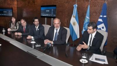 YPF descubrió hidrocarburos de alta calidad en un yacimiento no convencional de Chubut