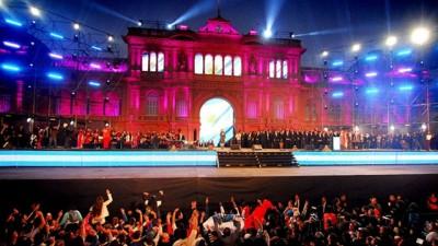 Artistas populares encabezarán la fiesta en Plaza de Mayo