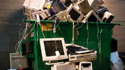 Estudiantes de Las Varillas recolectan 2,5 M de toneladas de residuos electrónicos para reciclar