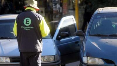Maipú: quieren usar posnet para cobrar el estacionamiento