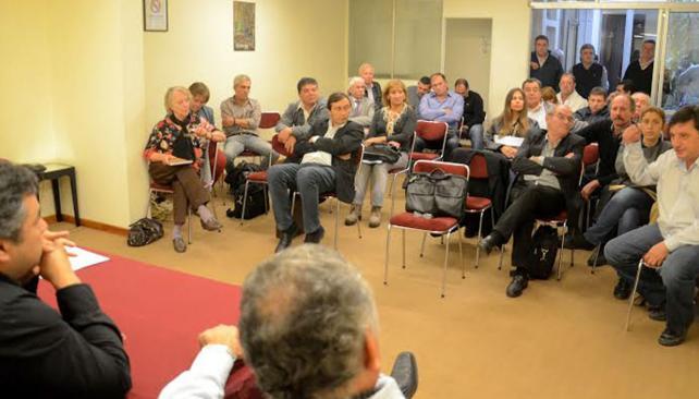 Reunión. Los intendentes kirchneristas se reunieron ayer y designaron a las nuevas autoridades del foro.