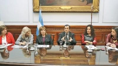 Convocan a la cumbre de legisladores del NOA en Las Termas