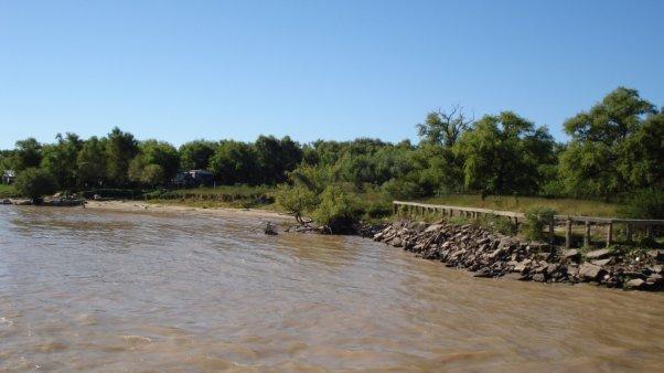 150 personas ya están evacuadas por la crecida del río en Corrientes y cerca de 3000 en Chaco