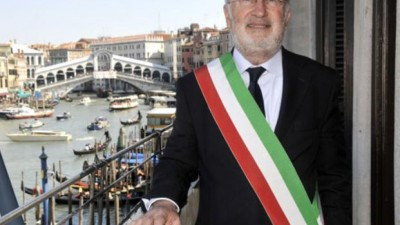 Corrupción en las obras para proteger a Venecia de las mareas: arrestan al alcalde