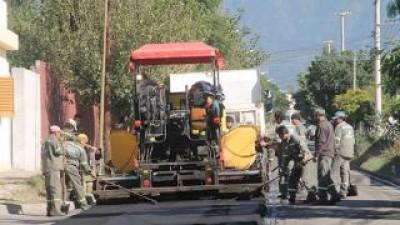El municipio de Catamarca pavimentó más de 800 cuadras