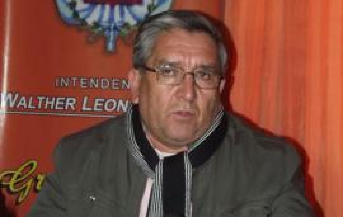 Polémica porque el intendente de San José tiene seis millones de pesos de regalías guardados en plazo fijo