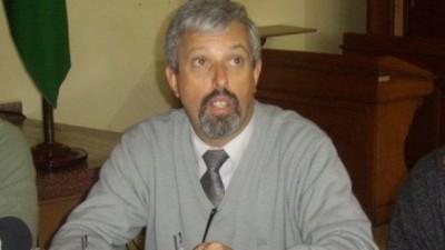 Tras el conflicto y aumento, el Intendente de Rosales ahora se pone firme con los Municipales