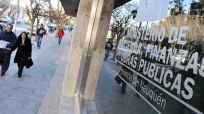 Municipios Neuquinos piden $37 millones para pagar aguinaldos