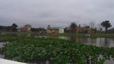 En San Isidro preocupa la situación de 500 afectados por el agua