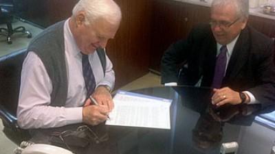 Firman convenio por obras para Río Gallegos