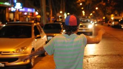 Propusieron estacionamiento medido después de las 21 en algunascalles de Mendoza
