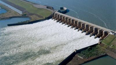 Niegan incidencia de la represa de Yacyretá en la crecida del río Paraná