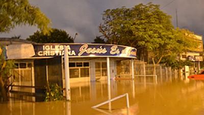Clorinda resultó anegada por las lluvias y porque no funcionaron las bombas