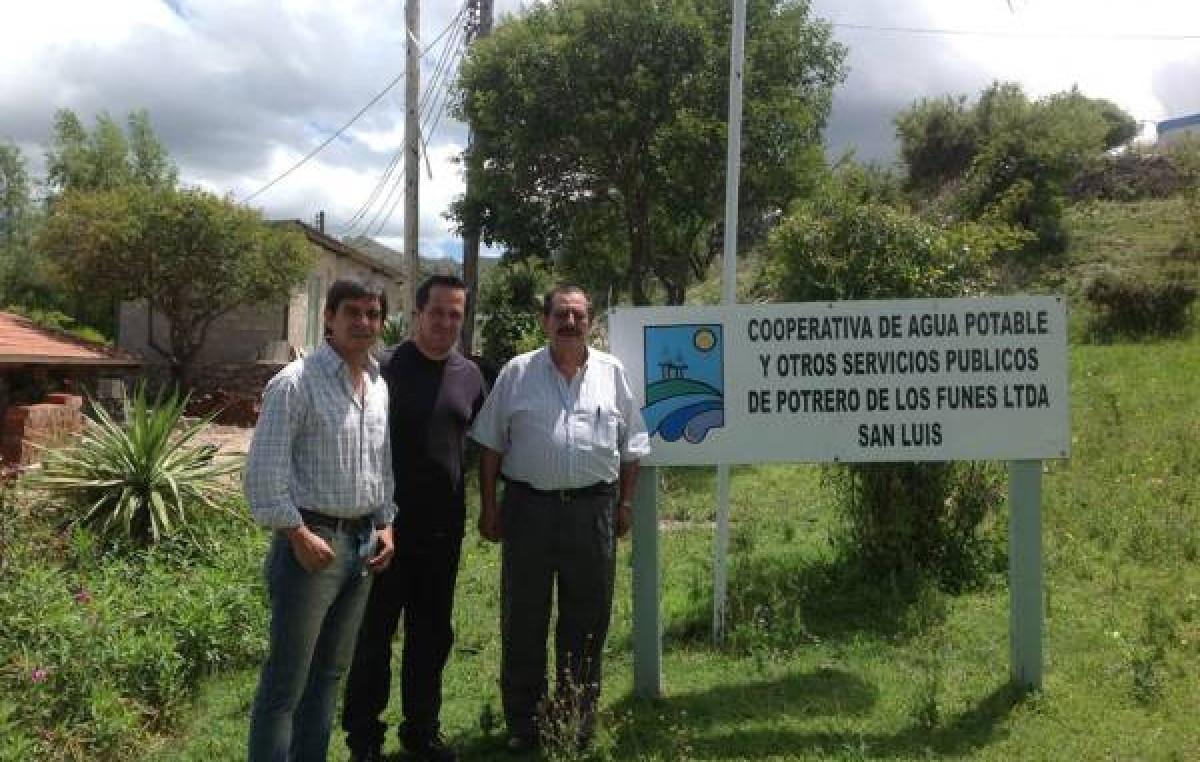 Once municipios de San Luis cuentan con cooperativas que regulan el agua