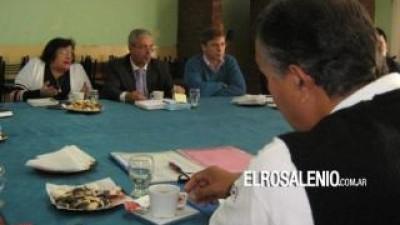 Coronel Rosales: Municipales levantaron el paro