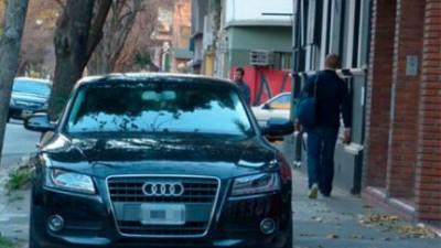 En Rosario, labraron 6.670 multas por autos estacionados sobre la vereda