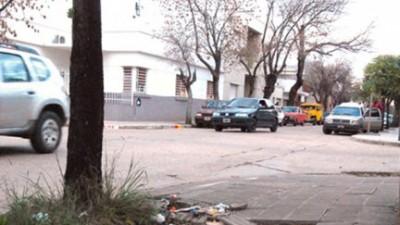 En Gualeguaychú, multarán a vecinos que no mantienen sus veredas en condiciones