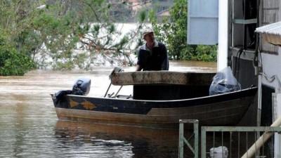 12.500 evacuados en el Litoral por crecidas de ríos y de arroyos