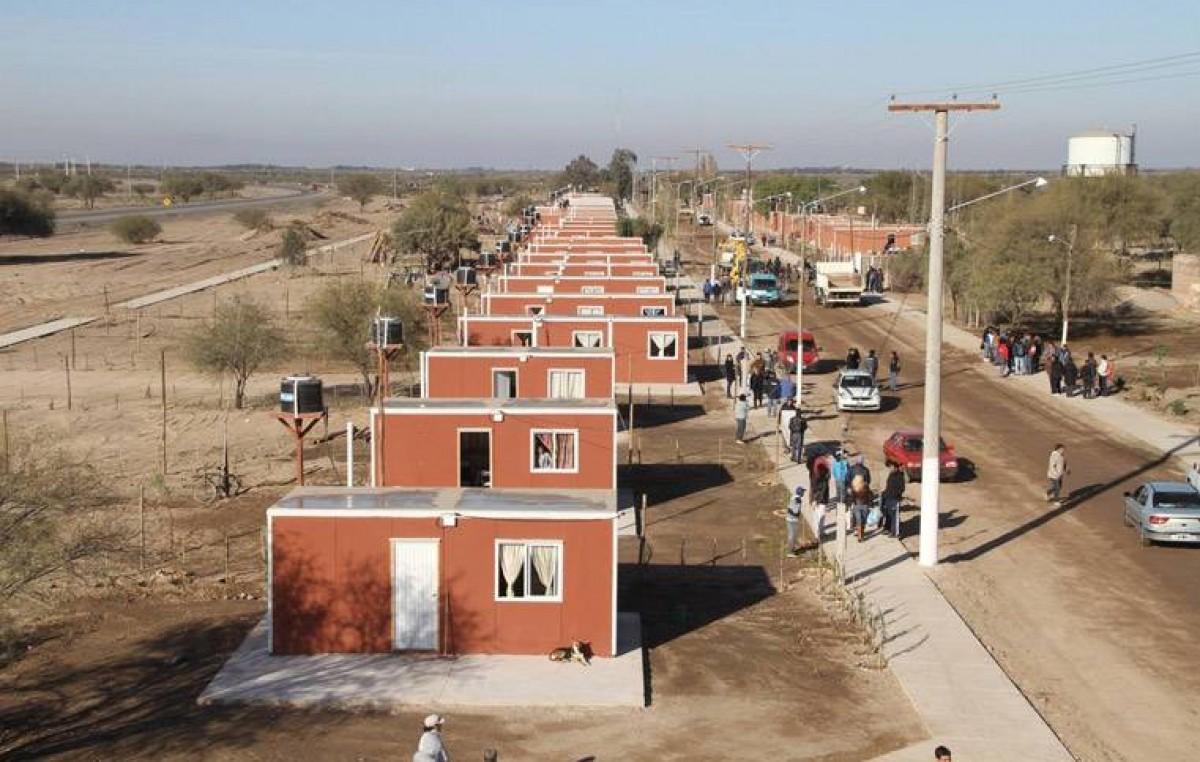 Entregaron 100 módulos habitacionales en La Chimbera