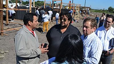 """Intendente de Formosa: """"Vamos a construir módulos habitacionales con todos los servicios en las zonas aledañas donde están reubicadas hoy las familias"""""""