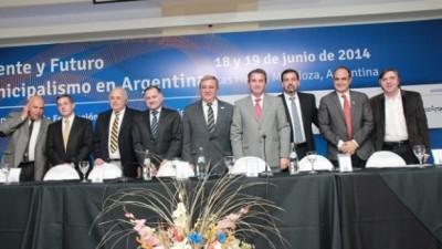 """El Intendente de Tucumán participa de la jornada """"El Presente y el Futuro del Municipalismo en Argentina"""""""