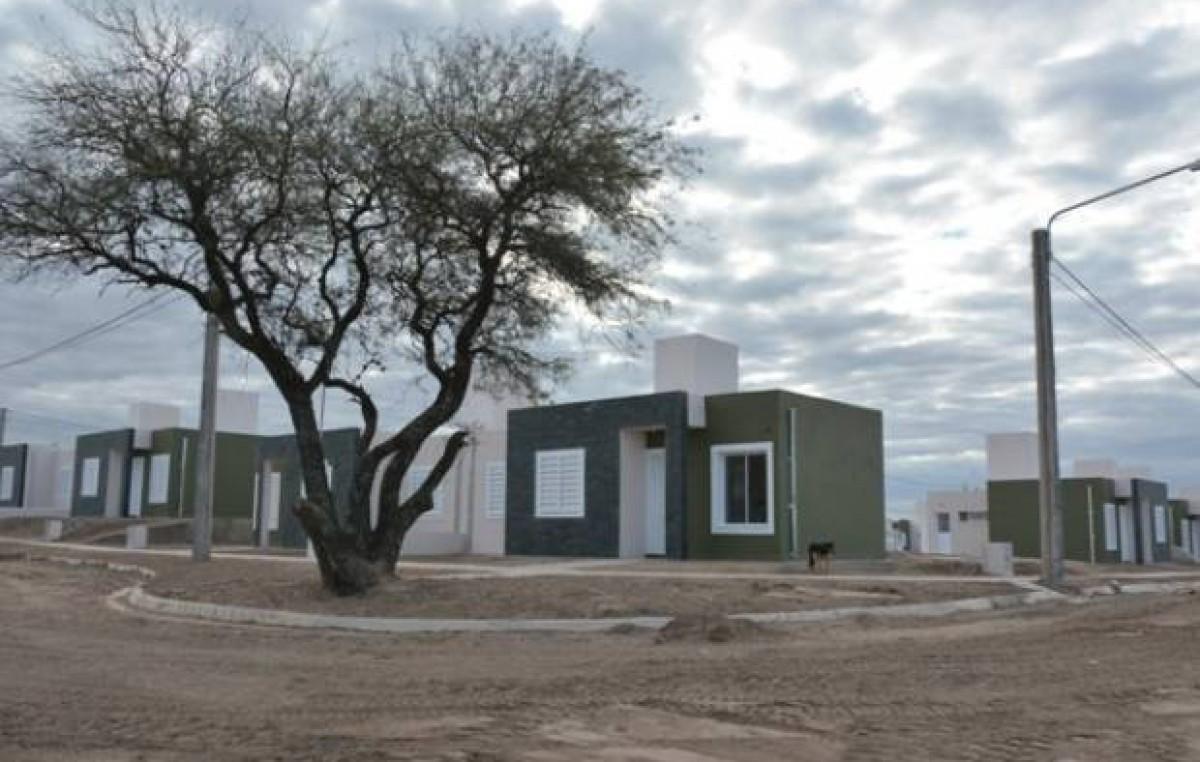 Otras mil familias de Villa Mercedes tendrán sus propias viviendas