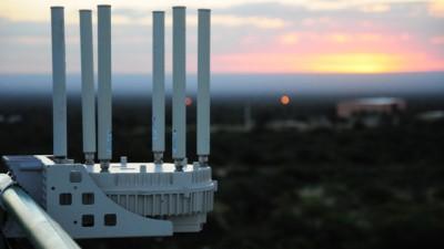 San Luis, se invertirán $100 millones por 1000 kilómetros de fibra óptica y 500 antenas de Wi-Fi