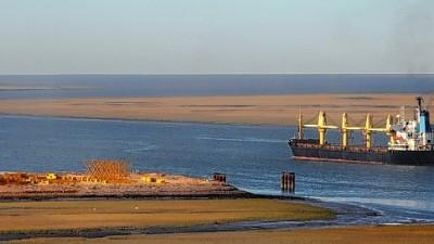 Uruguay, a contramano de los intereses del puerto de Bahía Blanca