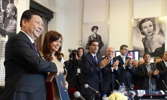 Con la llegada de una comitiva de China, el segundo puente Corrientes-Chaco vuelve a la escena nacional