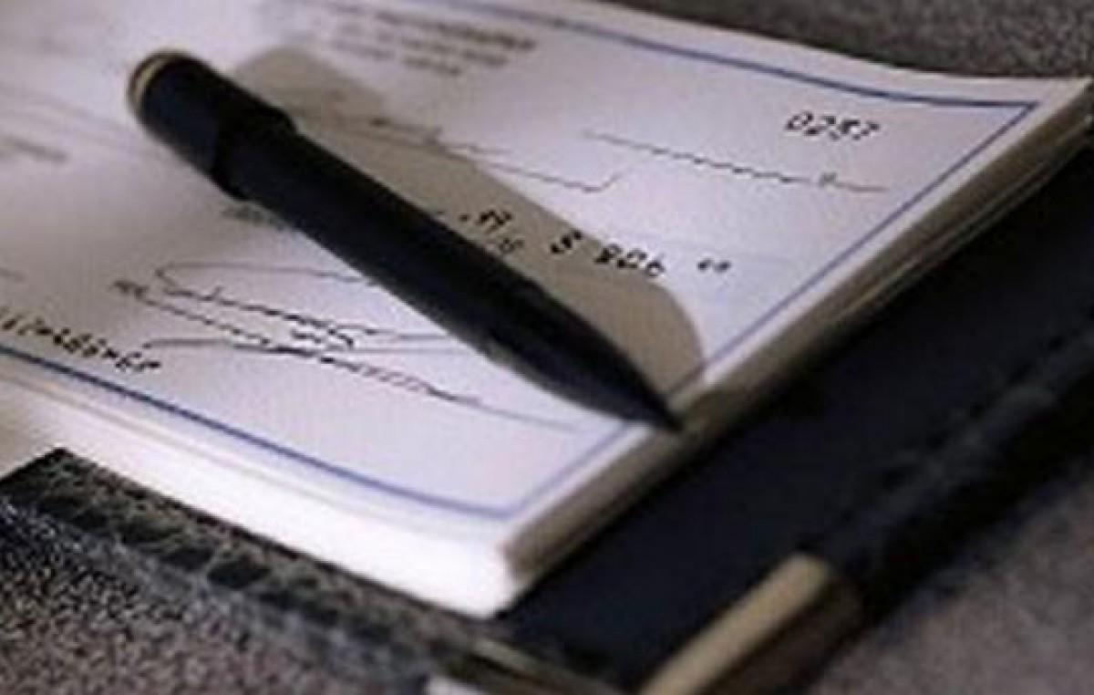 De la Sota prepara acto para entregar cheques de la tasa vial a 100 intendentes
