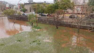 Avanzó el agua en Concepción del Uruguay y evacuaron otras 21 familias
