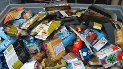 América desperdicia alimentos para 47 millones de personas