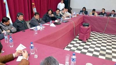 Tras una reunión de gabinete aseguran obras públicas a municipios Salteños