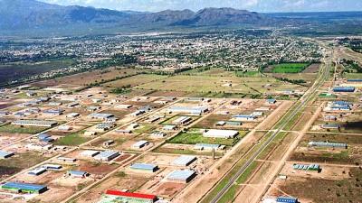 San Luis: El Municipio prometió asfaltar calles del Parque Industrial con lo que recaudó con los impuestos a las fábricas