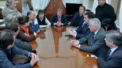Buenos Aires: Diputados le prometieron a Municipales tratar en septiembre la ley de paritarias