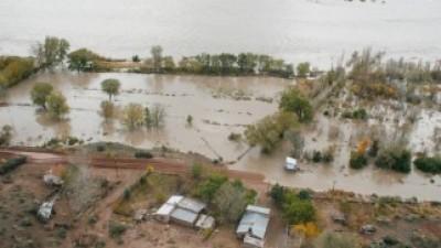 En Sauzal Bonito, el caudal del río llegó a su tope máximo